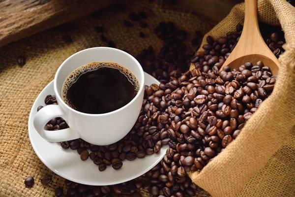 minum kopi saat hamil dan efek kafein pada janin