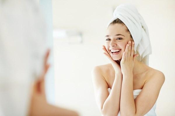 tips memilih toner untuk wajah berminyak
