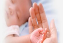11 Perhatian Utama Merawat Bayi 48 Jam Pasca Lahir